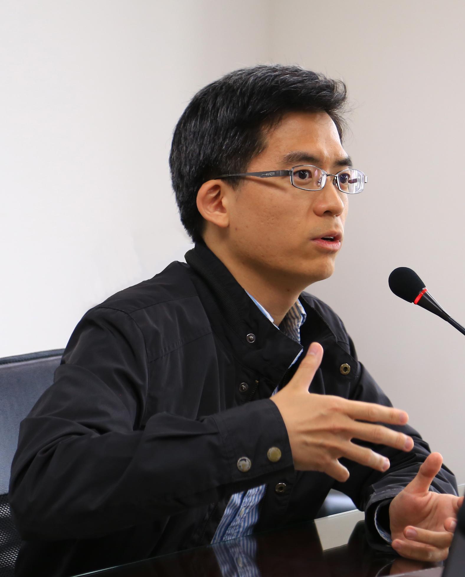 Yung-Djong Shaw